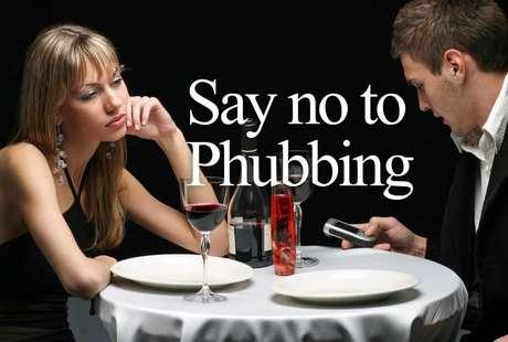 """<p>""""Di no al phubbing"""" y ¡aprende a convivir!</p>"""