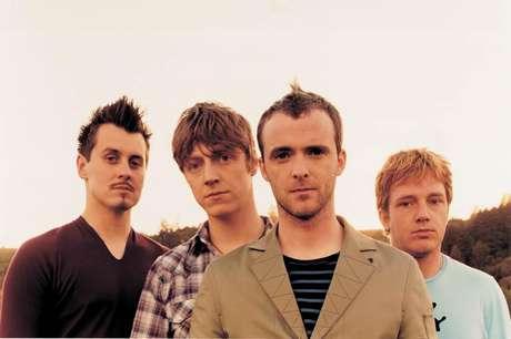 <p>A banda escocesa Travislançou 7 álbuns de estúdio e chamou atenção no fim dos anos 90 com os álbuns The Man Who e The Invisible Band</p>