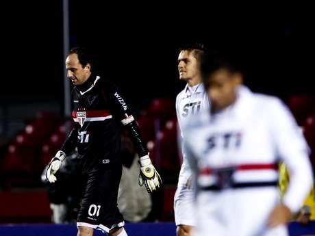 <p>São Paulo não conseguiu voltar a vencer, mesmo com apoio da torcida nas arquibancadas</p>