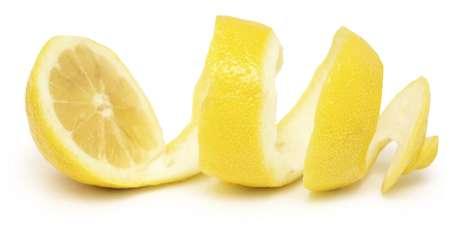<p>O limão tem propriedades que ajudam a revitalizar pele, cabelo e unha</p>