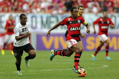 <p>Confusão aconteceu antes do início da partida entre Flamengo e São Paulo, que terminou com empate por 0 a 0</p>