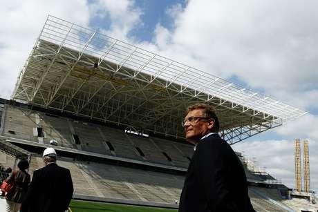 <p>Secret&aacute;rio da Fifa elogiou bastante o futuro est&aacute;dio do Corinthians</p>