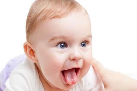 64f47ebce5 Bebês que mordem o bico do seio da mãe ao mamar, não conseguem colocar a