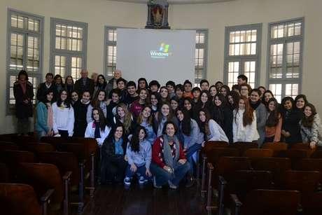 No Colégio Marista Rosário, em Porto Alegre, as turmas de oitava série ouviram os sobreviventes do horror nazista
