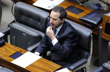 Deputado Natan Donadon faz sua própria defesa no plenário da Câmara
