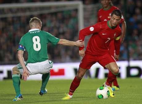 <p>Machucado, Cristiano Ronaldo está fora do amistoso com o Brasil</p>