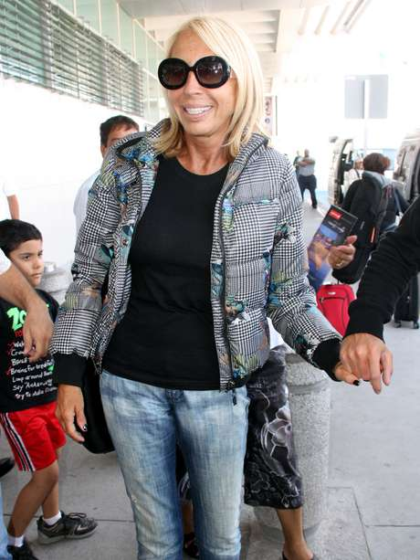 """<p><span style=""""color: rgb(51, 51, 51); font-family: arial; font-size: 11px; line-height: normal;"""">A su llegada al Aeropuerto de Cd. Juárez, Laura Bozzo aseguró que la frustra ver que sigan habiendo muertes y nadie haga nada.</span></p>"""