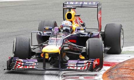 Vaias de torcida em Monza motivam líder Vettel contra Alonso