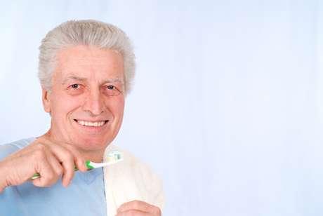 Las prótesis mejoran la apariencia de la sonrisa