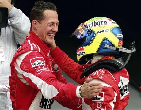 """Massa posta em aniversário de Schumacher: """"Continue lutando"""""""