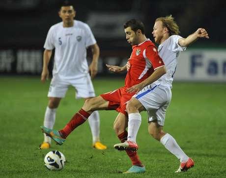 <p>Após novo empate por 1 a 1, jordanianos venceram por 9 a 8 nos pênaltis</p>