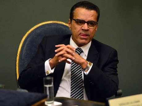 <p>O presidente da Câmara dos Deputados, Henrique Eduardo Alves (PMDB-RN), justificou o adiamento com a falta de consenso entre congressistas</p>