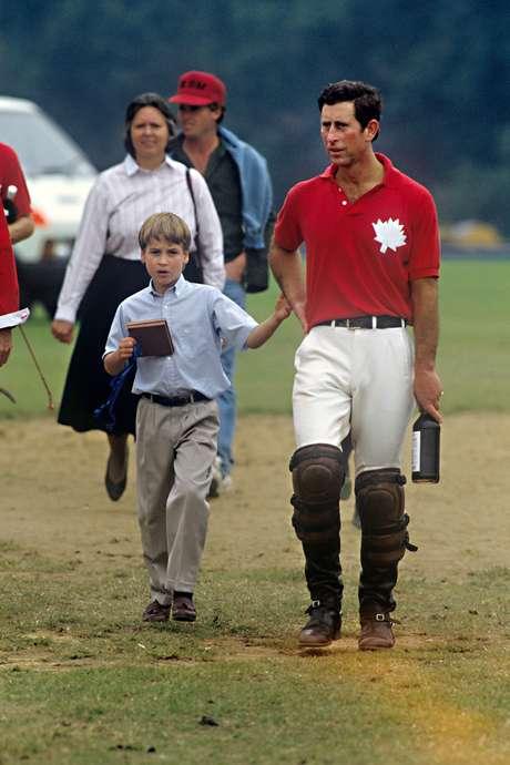 <p>Jessie Webb, el príncipe Carlos de Gales y el príncipe Guillermo.</p>