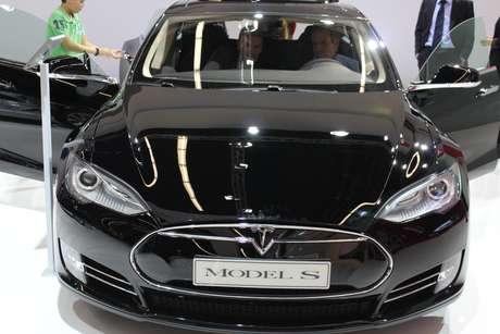 <p>Tesla S teve o terceiro caso de inc&ecirc;ndio em seis semanas</p>