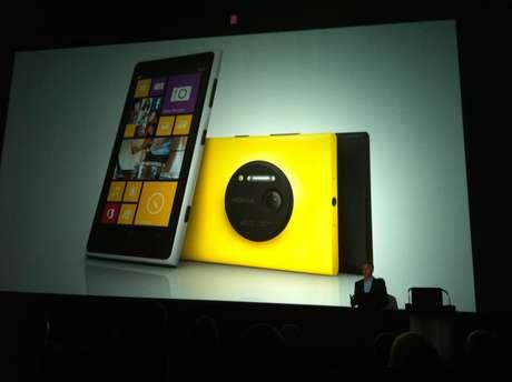 Disponibilidade do aparelho no Brasil foi anunciada em evento em Londres