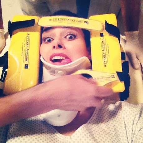 <p>Fernanda Machado publicou uma foto de sua personagem, a vilã Leila, imobilizada</p>