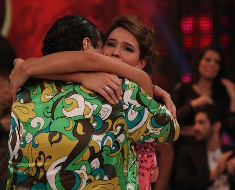 <p>Bruna chorou ao abraçar Tiago Abravanel</p>