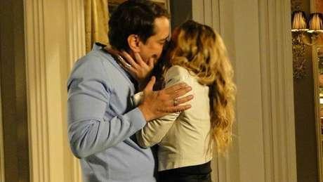 Amarylys e Eron tiveram noite de sexo na novela 'Amor à Vida'