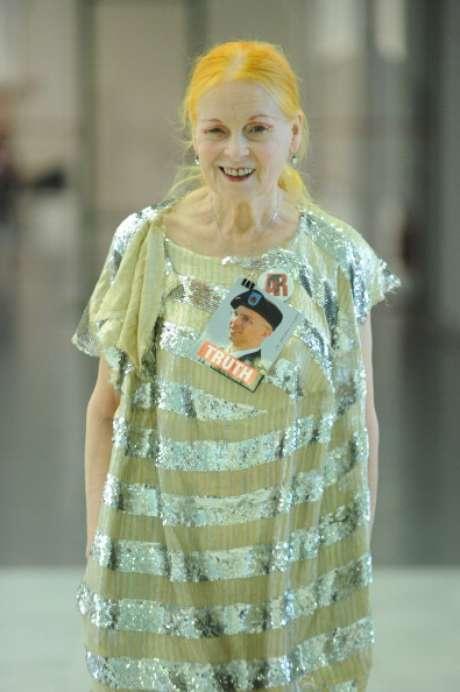 <p>Estilista mostrou sua coleção na semana de moda de Londres</p>