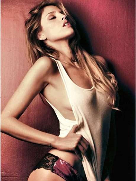 <p>Eiza González no quiso detallar si sostiene o no un romance con el exnovio de Miley Cyrus.</p>