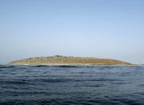 <p>La isla que surgió en la costa de Gwadar en Pakistán tras el terremoto del 24 de setiembre de 2013.</p>