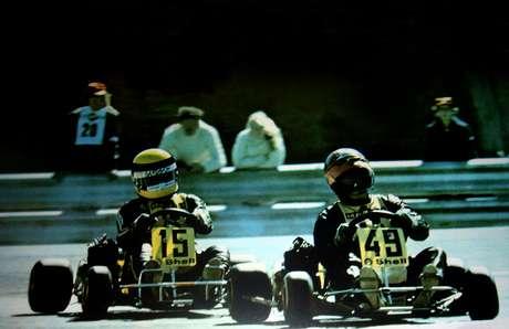 <p>Em 1993, Senna (à esquerda) apontou ex-companheiro Fullerton (à direita) como melhor rival da carreira; história só veio à tona em 2010, com lançamento de documentário sobre brasileiro</p>