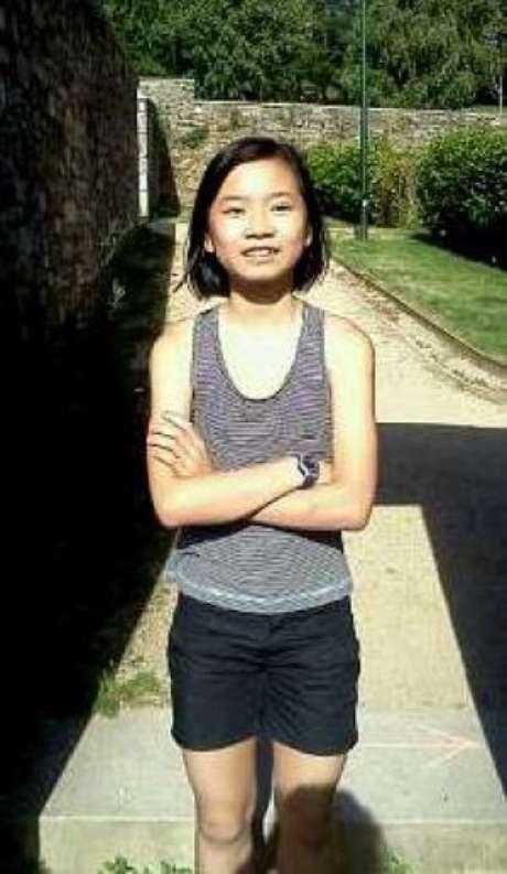 La niña asesinada, de origen chino, había sido adoptada por la mujer