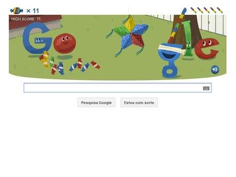 <p>Usuário interage o doodle do Google</p>
