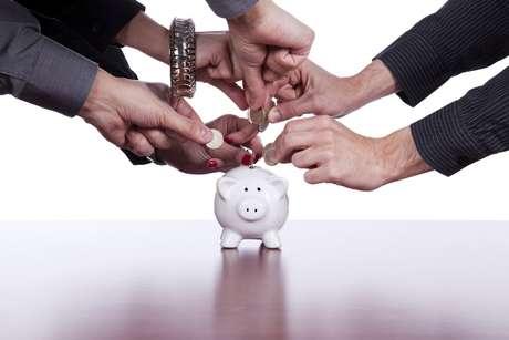 O crowdfunding, cada vez mais comum no Brasil, facilita a divulgação de projetos e arrecadação de doações no exterior