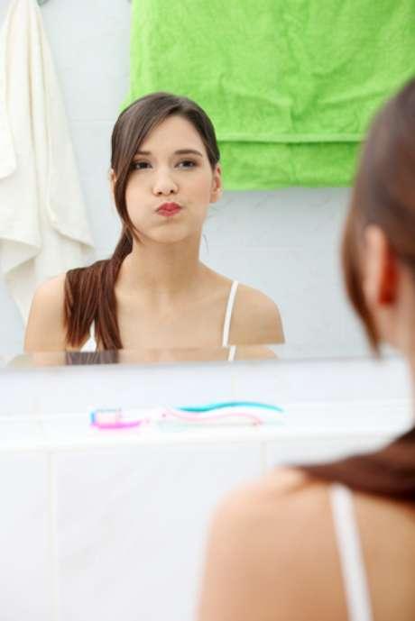 <p>Enxaguante bucal deve ser usado como &uacute;ltimo passo na higieniza&ccedil;&atilde;o&nbsp;</p>