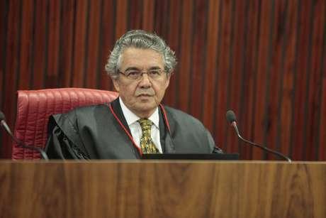 Ministro Marco Aurélio durante sessão nesta terça-feira, no TSE