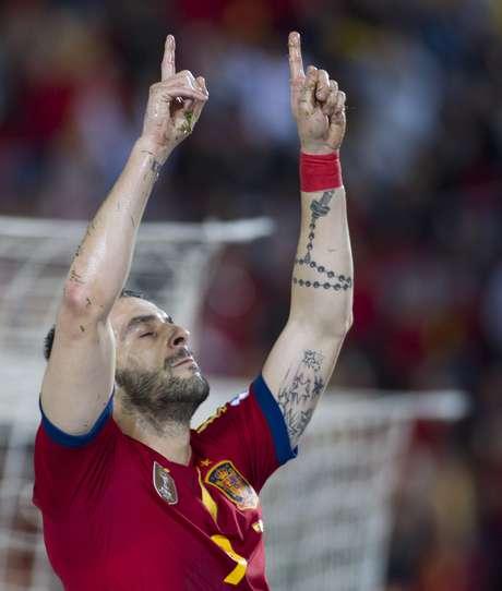 <p>Negredo comemora segundo gol da Espanha no duelo</p>
