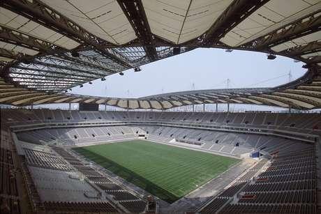 <p>Brasil chegou a jogar no estádio em 2002, mas após a Copa do Mundo; dentre os atletas convocados por Felipão em 2013, nenhum atuou naquela ocasião</p>