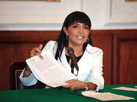El Fideicomiso del Fondo de Apoyo a la Educación y al Empleo de Jóvenes fue creado en 2010 por la entonces diputada Alejandra Barrales.