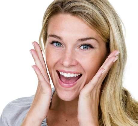 Algunos alimentos pueden ayudar a aclarar los dientes naturalmente