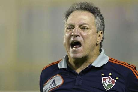 <p>Abel Braga quer levar zagueiro Anderson para o Inter</p>