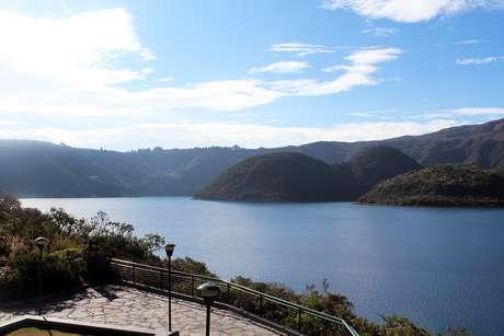 <p>Vista da lagoa Cuicocha, naReserva Ecológica Cotacachi Cayapas</p>