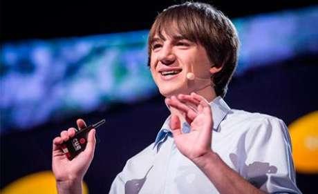 """<p><span class=""""legenda_foto"""">Jack Andraka já se apresentou no TED: o</span>custo do teste desenvolvido por ele é de US$ 0,03 e o resultado chega em menos de cinco minutos</p><p></p>"""