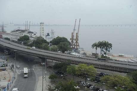 Assim que o elevado for fechado, será aberta aos motoristas a Via Binário do Porto, obra que servirá como alternativa definitiva para a circulação de veículos
