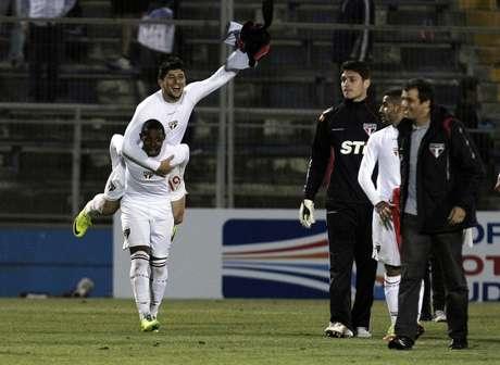 Aloísio e Wellington festejam vitória em Santiago