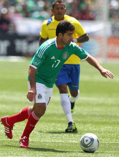 <p>Sinha, ídolo do Toluca, foi chamado para amistoso contra a Finlândia; presença em jogo da repescagem contra a Nova Zelândia, no entanto, ainda é incerta</p>