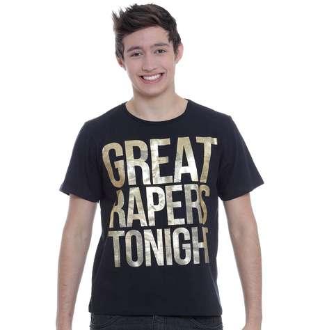 Camiseta estava à venda em promoção no site da loja
