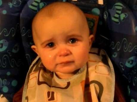 <p>El video de la bebé que llora de emoción es la nueva sensación viral de internet.</p>
