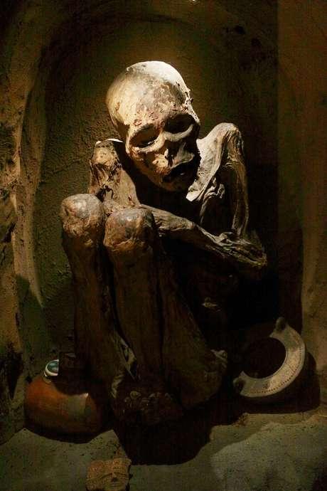 A coleção de arqueologia do Museu Nacional da Colômbia reúne 10 mil objetos deixados pelos vários povos que habitaram a região desde cerca de 10.000 a.C. Um dos destaques do acervo são as múmias dos povos indígenas locais