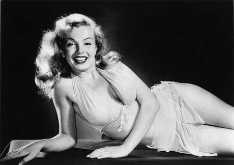 Marilyn afirmou na época que usava apenas o perfume Chanel nº 5 para dormir