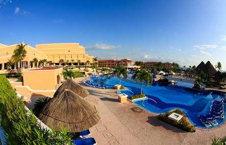 Hotéis e resorts das praias do Caribe costumam oferecer o serviço all inclusive. Eles são bastante procurados por turistas americanos e brasileiros.