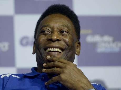 <p>Pelé não acredita em mudanças às vésperas de uma Copa do Mundo no Brasil</p>
