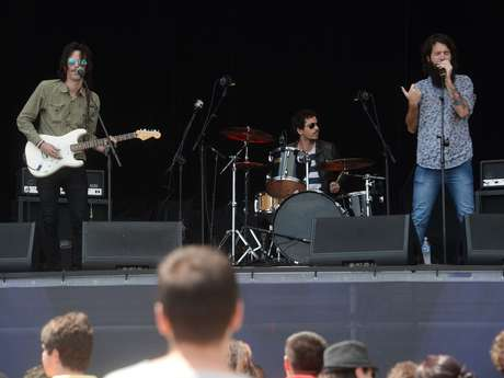 <p>Músicos do Muddy Brothers abriramo palco Smirnoff e depois aproveitaram os bastidores do festival</p>