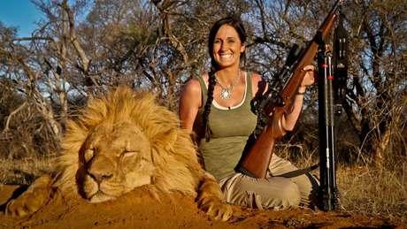 "<p>Melissa Bachman, que se auto-intitula como uma ""caçadora hardcore""</p>"