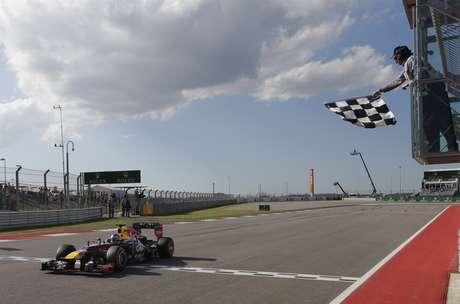 <p>Alemão largou na pole position e sofreu poucas ameaças dos rivais em Austin</p>